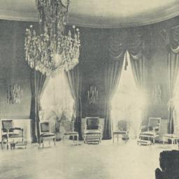 The     Blue Room in the Wh...