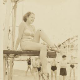 Bathing Beauties: Seated ab...
