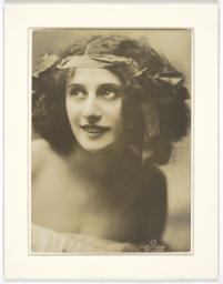 Anna Pavlova portrait