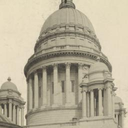 Dome of the Rhode Island St...