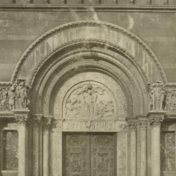 Central doorway, St. Bartho...