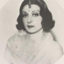 Li Gotami in white sari (st...