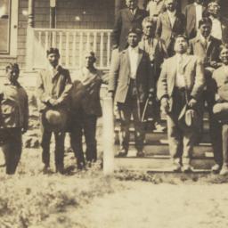 Uncas Noche and Apache Men ...