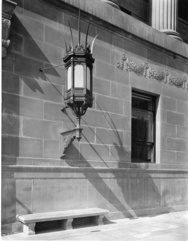 butler-library-exterior-lamp